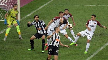 Franco Di Santo viene de jugar en Atlético Mineiro de Brasil (REUTERS/Washington Alves)