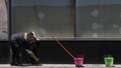 Hasta cuándo tendrán los mexicanos los mismos ingresos personales que había antes de la pandemia