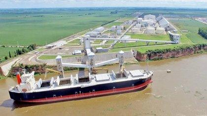 Por esta terminal ubicada en la localidad de Timbúes se exportó el 8% de los granos y subproductos del país durante el 2018