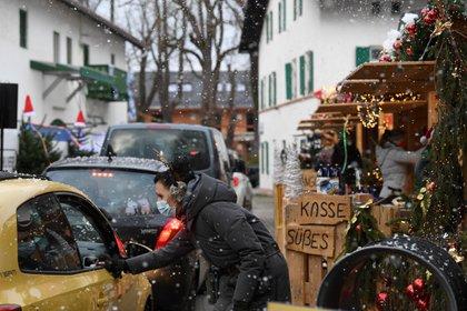 Mercado navideño en Gauting, cerca de Munich, Alemania. REUTERS/Andreas Gebert