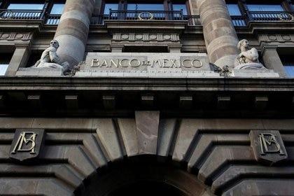 El Banco de México recortó la tasa de interés interbancaria a 4.5% (Foto: Reuters)