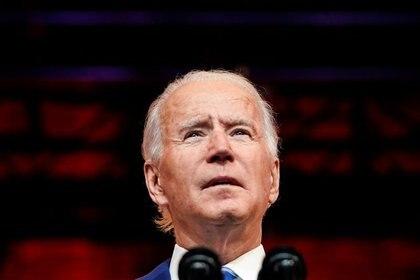 FOTO DE ARCHIVO: El presidente electo de Estados Unidos, Joe Biden, pronuncia un discurso previo al Día de Acción de Gracias en su sede en Wilmington, Delaware, REUTERS/Joshua Roberts