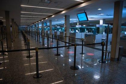 El aeropuerto de Ezeiza, sin vuelos durante la cuarentena