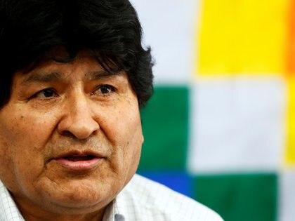El ex presidente boliviano Evo Morales durante una conferencia de prensa este domingo en Buenos Aires (REUTERS/Agustin Marcarian)