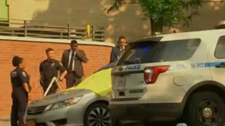 Imágenes de la policía después de examinar el auto de Rodríguez (Foto: Captura de pantalla de YouTube)