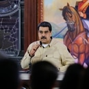 Handout picture released by Miraflores Presidential Palace showing Venezuela's President Nicolas Maduro holding a meeting with state governors at Miraflores Palace in Caracas, on November 11, 2019. (Photo by HO / Venezuelan Presidency / AFP) / RESTRICTED TO EDITORIAL USE - MANDATORY CREDIT