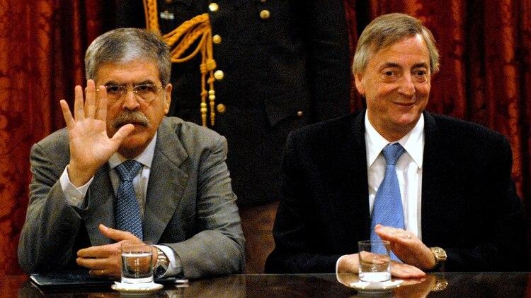 Julio De Vido y Néstor Kirchner (NA)