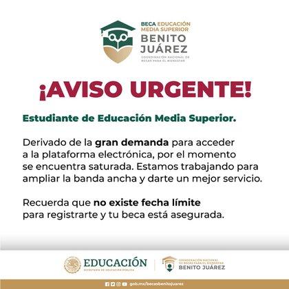 Estudiantes de nivel medio superior, aspirantes a la Beca Benito Juárez, saturaron el día de hoy la plataforma de solicitud (Foto: Twitter/@BecasBenito)