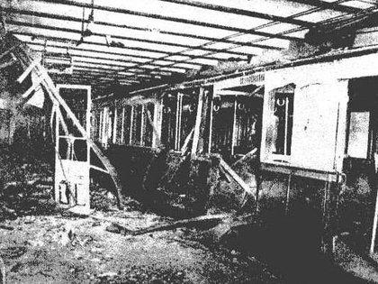 Los atentados de Plaza de Mayo dejaron un saldo de 5 muertos, casi un centenar de heridos, y daños en la estación del Subte A.