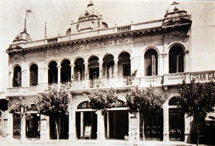 El teatro de los italianos pobres: su valor era mucho menor a los establecimientos que se distribuían en el corazón cultural de la ciudad