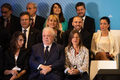 La tribuna de la izquierda donde estaban los futuros ministros para negociar la deuda y para hacer política exterior (Franco Fafasuli)