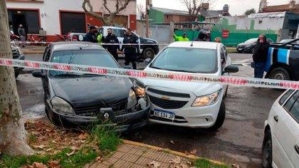 Así terminó el auto en el que escapaban los delincuentes