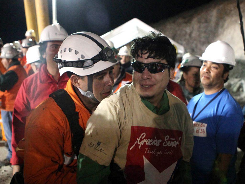 Raúl Bustos es uno de los únicos dos mineros que no se plegó a la demanda contra los órganos estatales. La Justicia falló a favor de los damnificados o ordenó al fisco a pagarle 80 millones de pesos chilenos a cada uno. El Estado apeló: lo resolverá la Corte Suprema