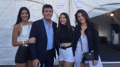 De izquierda a derecha: Bianca, Miguel Ángel, Maaría Luján y Antonella