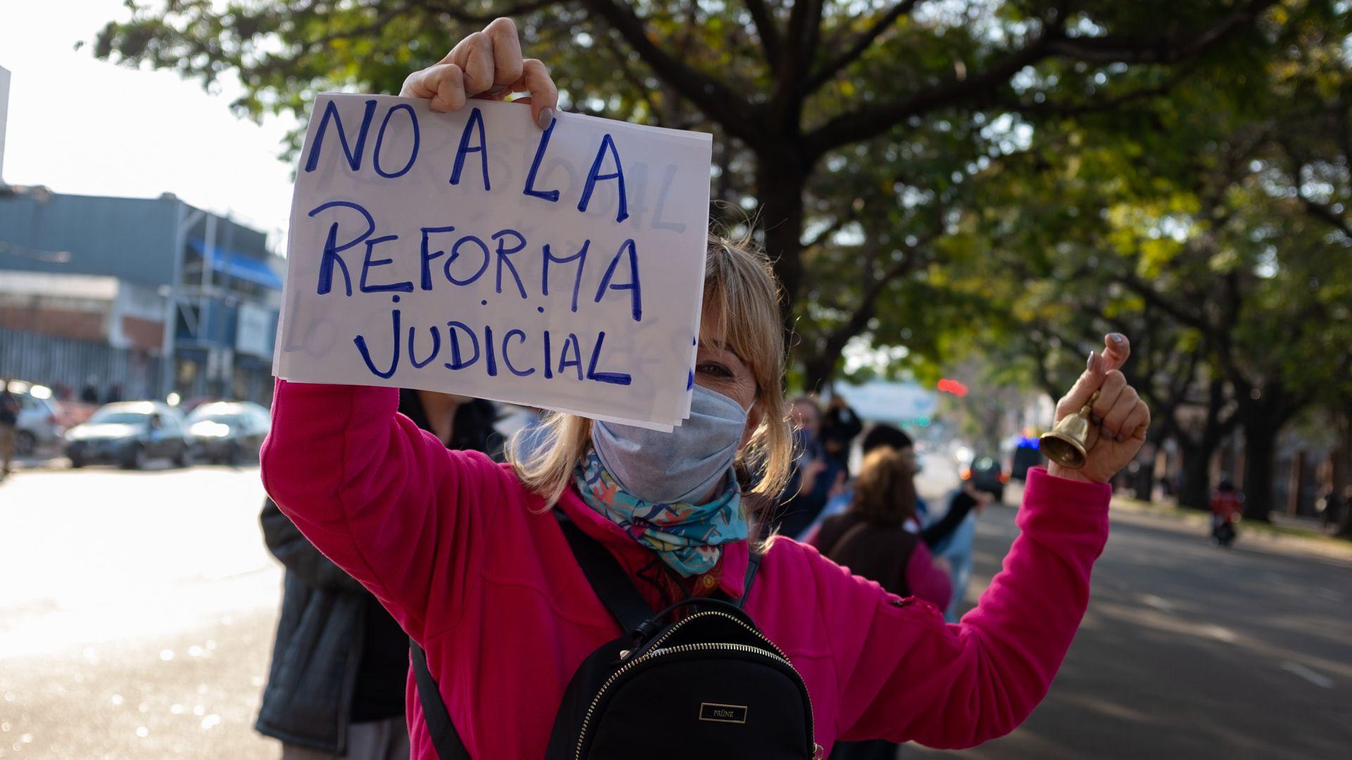 Movilización en la Quinta de Olivos en contra de la reforma judicial - 1 de agosto