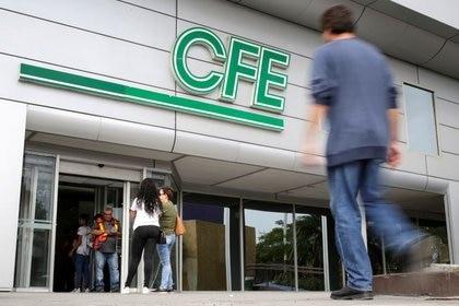 Confirman que la CFE no sufrió daños por el apagón (Foto: Ruters / Daniel Becerril)