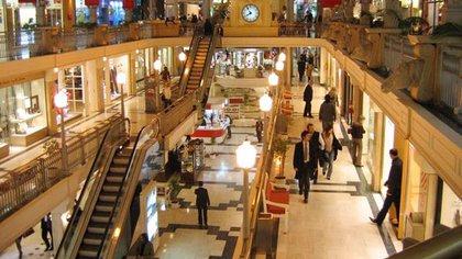 Los centros comerciales tendrán un cupo para el ingreso de clientes