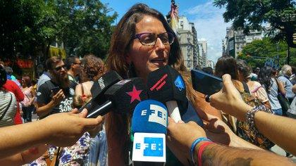 La Ministra de Mujeres, Género y Diversidad Sexual, Elizabeth Gómez Alcorta en una rueda de prensa EFE/Stringer