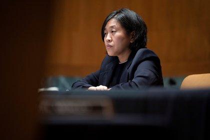"""En un comunicado, la Representante de Comercio Exterior de EE.UU., Katherine Tai, explicó que Washington cree """"firmemente"""" en la protección de la propiedad intelectual, pero considera necesario aumentar la producción de vacunas para acabar con la pandemia en todo el mundo. EFE/EPA/Sarah Silbiger / POOL/Archivo"""