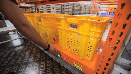 Los robots de Alibaba pueden cargar productos de hasta 500 kilos.