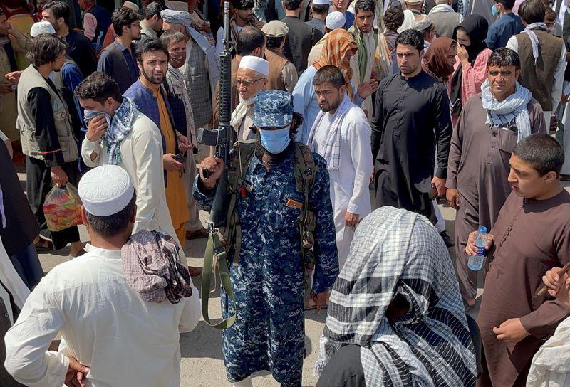 Pakistán fue uno de los tres únicos países que reconocieron el gobierno talibán de 1996 a 2001 (REUTERS/Stringer)