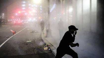 Las protestas en Detroit este viernes por la noche (Matthew Hatcher/Getty Images/AFP)