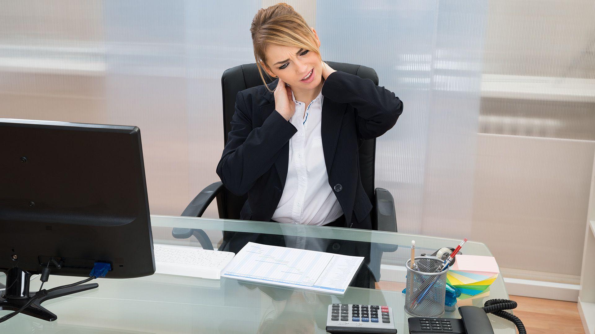La pausa activa consiste en un conjunto de ejercicios físicos, que no llevan más de cinco a diez minutos (Shutterstock)