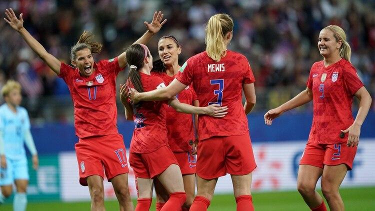 Las jugadoras de Estados Unidos festejaron cada gol como si hubiese sido el primero (AFP)