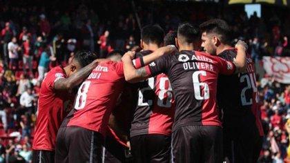 Colón de Santa Fe jugará la final de la Copa Sudamericana contra Independiente del Valle
