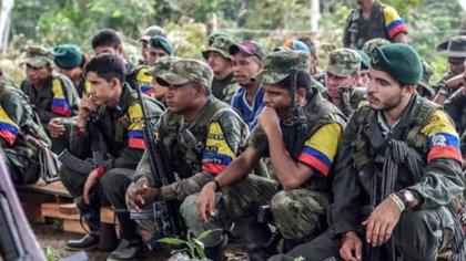 LAS FARC siguen teniendo presencia en territorio venezolano y asesina a cuatro militares en Apure