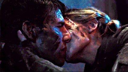 "Emily Blunt besó a Tom Cruise en ""Edge of Tomorrow"""