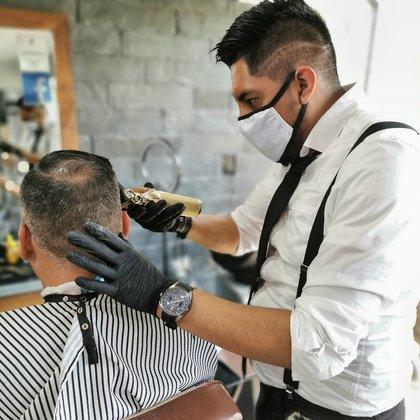Los establecimientos tendrán un horario de 11:00 a 17:00 Foto: FB/The Barber's Spa México