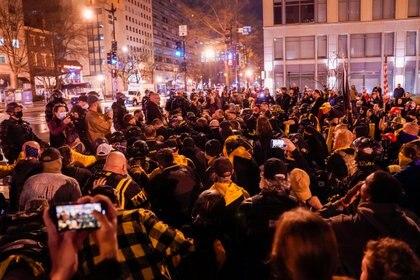 Partidarios y detractores de Trump se manifestaron en Washington DC