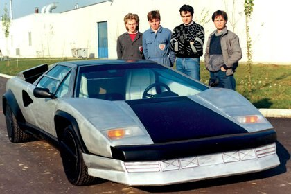 Segunda mitad de los 80, aquellos años en Lamborghini junto a una de sus creaciones, el Countach Evoluzione (Pagani Automobili)