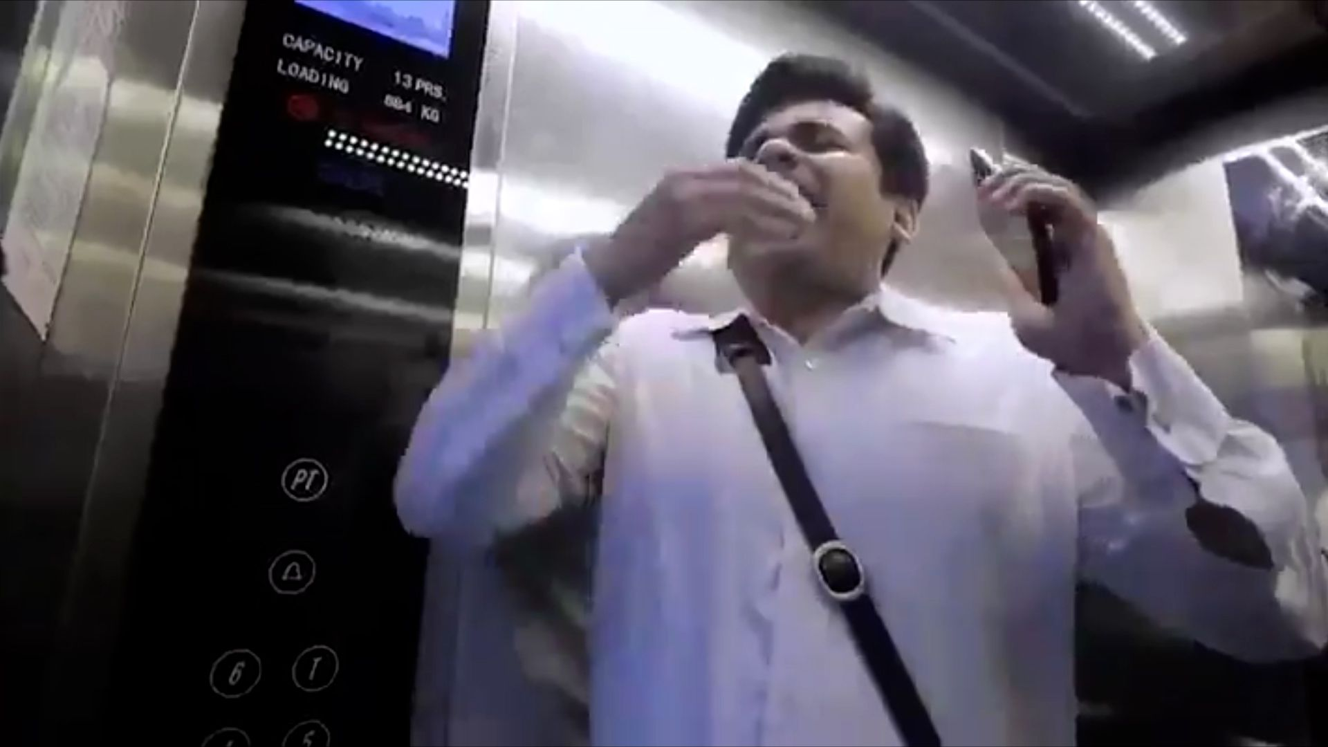 Los estornudos y la tos son una forma eficiente del virus para propagarse