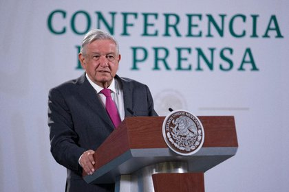 "The president confessed that he asked Beatriz Gutiérrez Müller what is the meaning of ""President, break the pact"" (Photo: Presidency of Mexico)"