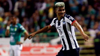 Jesús Gallardo hizo el viaje a República Dominicana para disputar la Concacaf Liga de Campeones, pero al llegar ya no contaba con su pasaporte (Foto: EFE/Luis Ramírez)