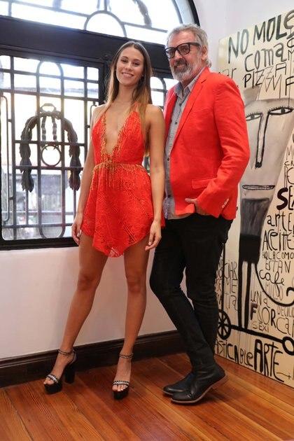 Mini vestido con cuello halter de Benito Fernández