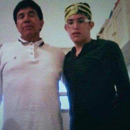 """El """"Narco de Narcos"""" en la foto que apareció recientemente en redes sociales (Foto: @LPueblo2)"""