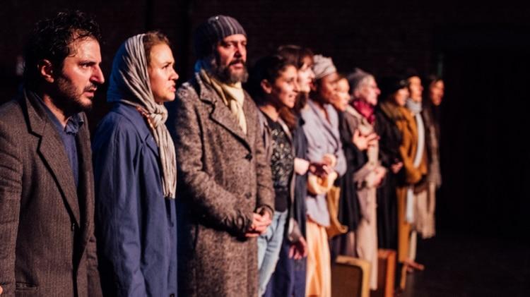 "Onur Alpsen, Dora Kiss, Pierre Adeli, Paulette Zubata and the cast of ""The New Colossus"" (Ashley Randall - Ioana Gratiela Brancusi"