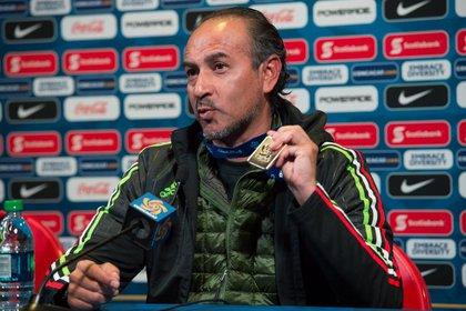 Raúl Gutierrez fue el DT de la selección campeona sub 17 (Foto: Especial)
