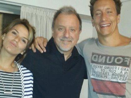 Jimena Accardi, su papá Hugoy Nico Vázquez