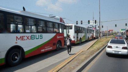 El servicio de Mexibús y Mexicable operarán al 50% en cada unidad, para que usuarios apliquen la sana distancia (Foto: Cuartoscuro)