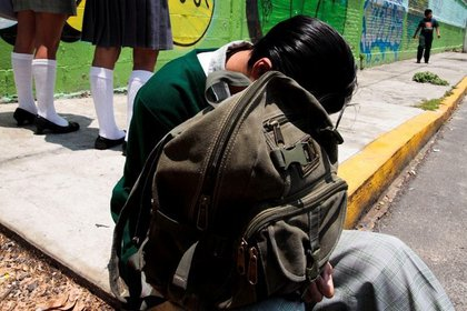 El estudiante fue trasladado al hospital de traumatología de Lomas Verdes, Estado de México (Foto:Especial)