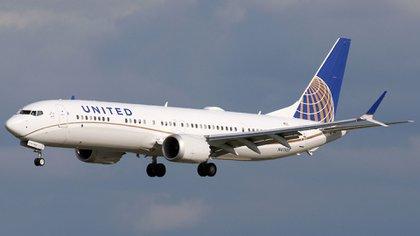United Airlines también posee el Boeing 737 MAX y se espera que en agosto ya esté en uso nuevamente ante el aumento de pasajeros para el verano (Wikipedia)