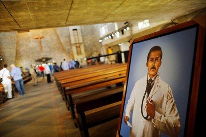Venezuela se prepara para la beatificación de José Gregorio Hernández (REUTERS/Leonardo Fernández Viloria)