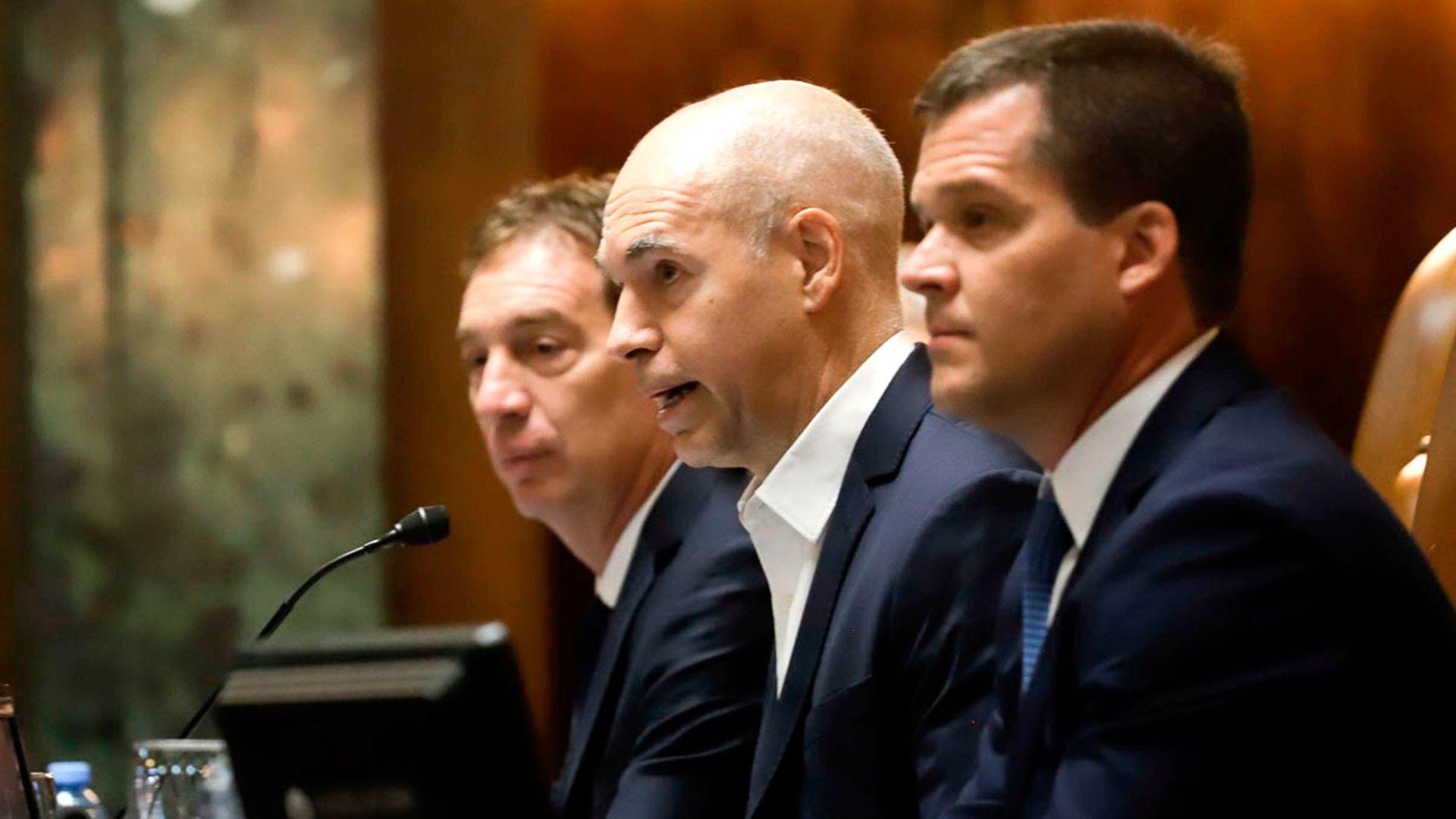 Rodríguez Larreta estuvo acompañado por el vicejefe Diego Santilli y el nuevo vicepresidente de la Legislatura Agustin Forchieri