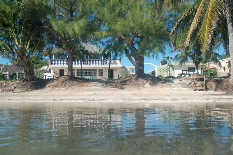 A restaurant in the Xcalak community, Quintana Roo