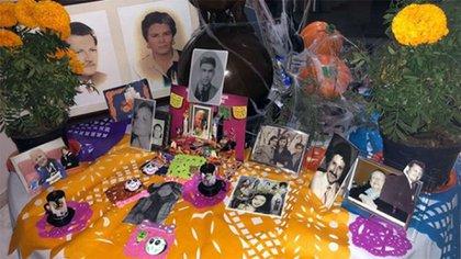 El supuesto homenaje a Marcela Basteri en el altar de Aracely Arámbula (Instagram: aracelyarambula)