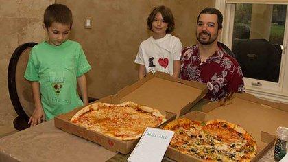 Laszlo Hanyecz, el famoso estadounidense que pagó 10.000 bitcoin por dos pizzas en una de las primeras transacciones registradas en la moneda digital